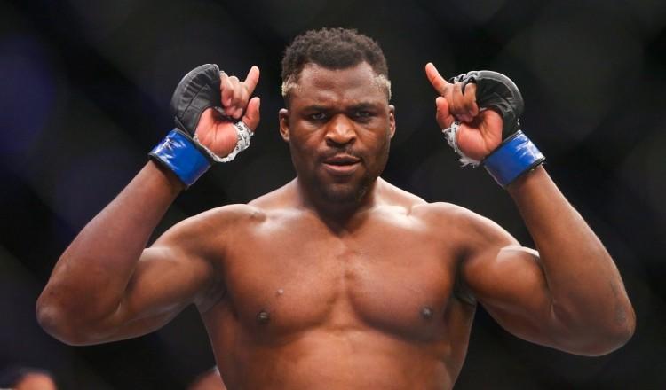 Boxe-MMA: défié par Tyson Fury, Francis Ngannou lui répond en s'entraînant avec Mike Tyson