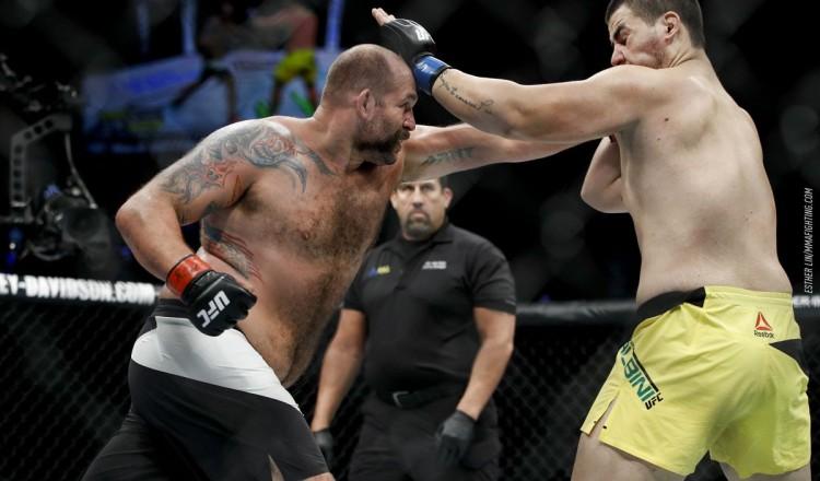 Bellator 261 – Valentin Moldavsky contre Timothy Johnson pour la ceinture intérimaire de champion des poids lourds