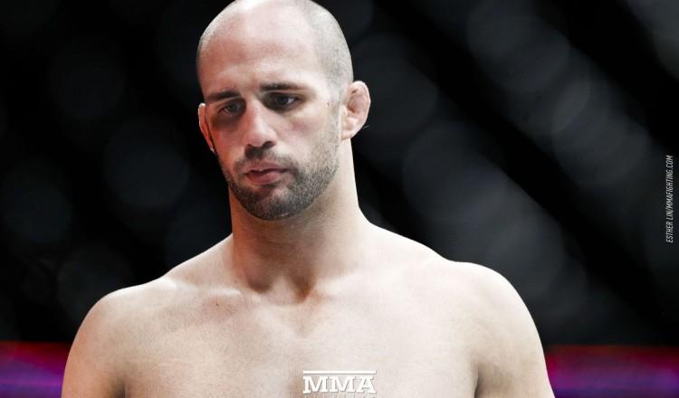 Volkan Oezdemir de retour lors de l'UFC 267