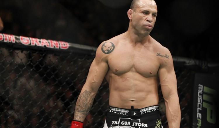 Mike Tyson rejette l'offre de 18 millions de dollars pour combattre Wanderlei Silva