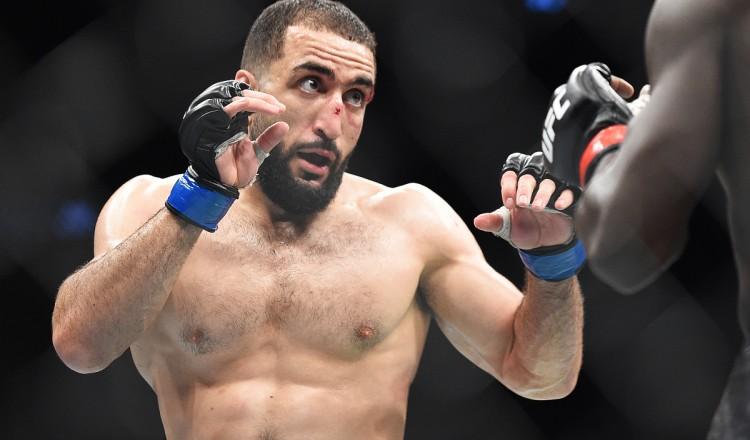 Mort de George Floyd: Ce combattant UFC excuse le pillage de la boutique de son père