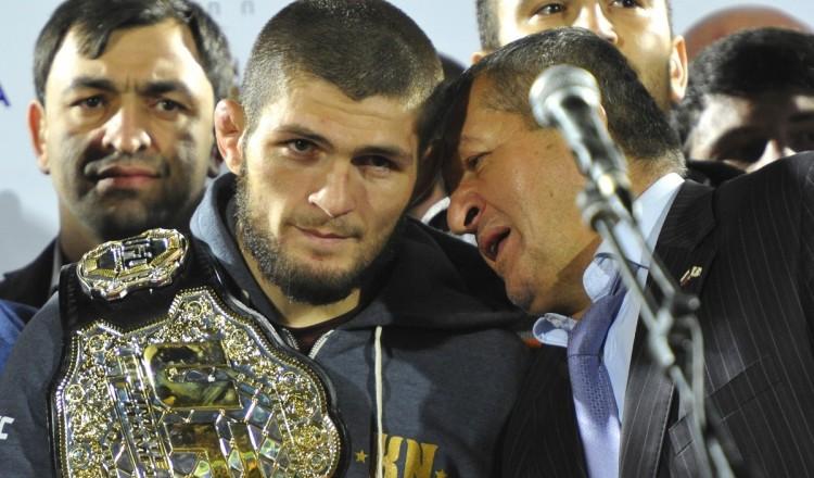 UFC 242: le père de Khabib est mort, quelle incidence sur la carrière de son fils?