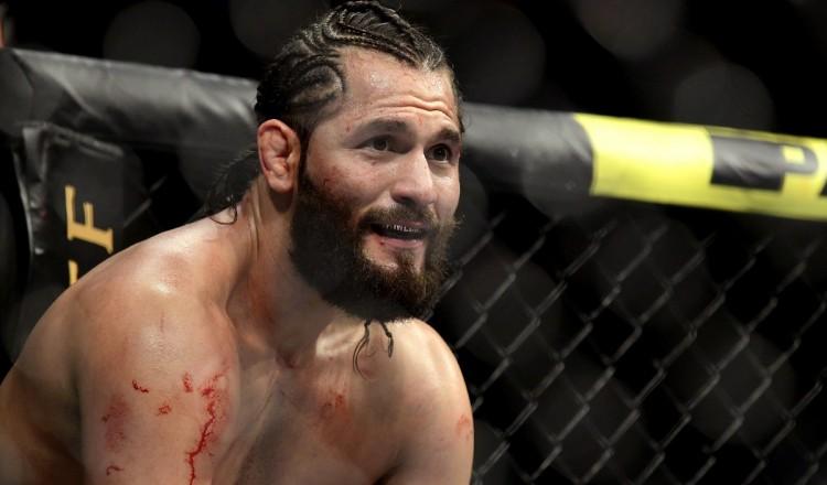 """UFC: affronter Canelo? Pourquoi Masvidal est """"très sérieux"""" à l'idée de sa version de Mayweather-McGregor"""