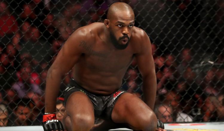 """UFC: """"Envoyez le contrat!"""", Jon Jones très chaud à l'idée de relever le défi Francis Ngannou"""