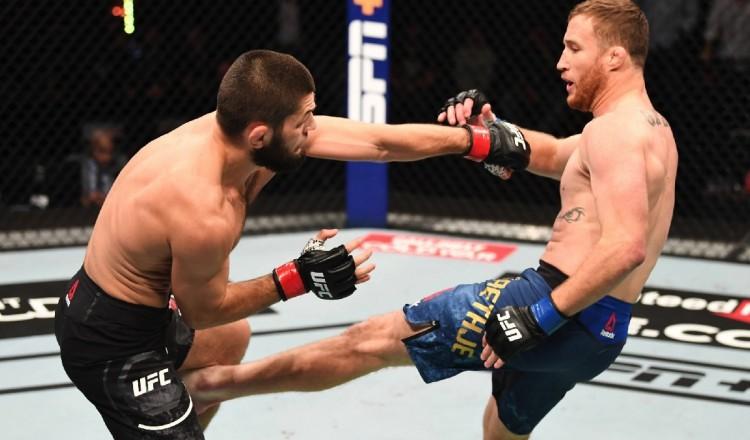 UFC: Khabib n'a pas voulu casser le bras de Gaethje devant ses parents