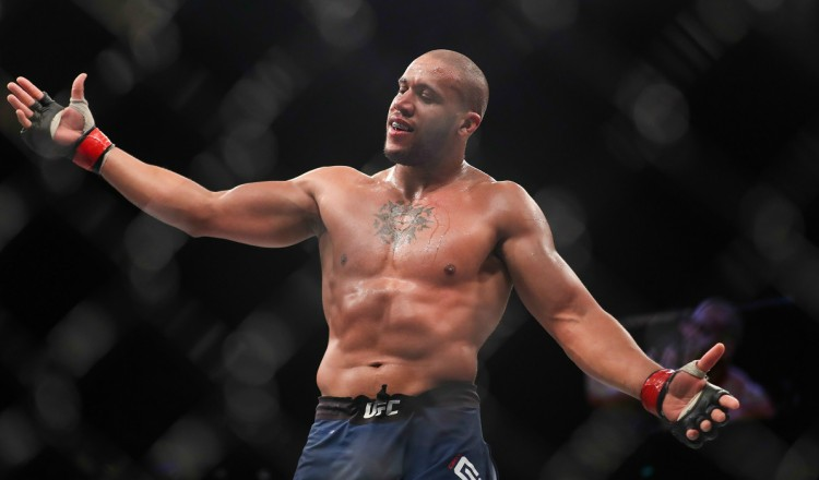 UFC: Pourquoi le prochain combat de Ciryl Gane est un événement à ne pas rater